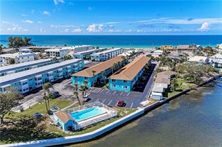 117 7th St N #2, Bradenton Beach, FL 34217