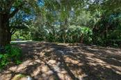 Circular drive. - Single Family Home for sale at 2045 Frederick Dr, Venice, FL 34292 - MLS Number is A4416740