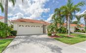 4872 Orange Tree Pl, Venice, FL 34293
